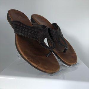 Merrell Brown Lather Thong Sandals Wm Sz 8.5